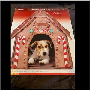 COLLAPSIBLE GINGERBREAD DOG HOUSE ( HOLIDAY)